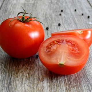 Salattomate